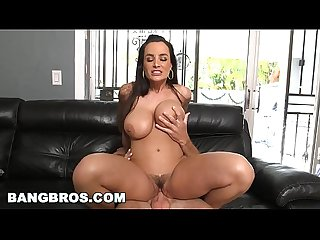 Bangbros big ass milf lisa ann takes sean lawless for a ride ap14408