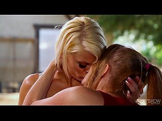 Darla crane loves ash hollywood s tongue