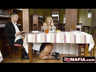 Slutty blonde bimbo waitress blondie fesser gives blowjob under the table