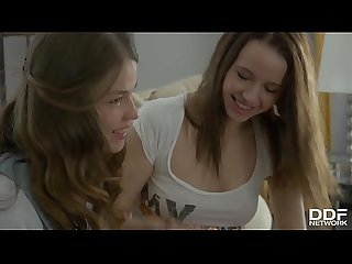 Horny Teen Couple Olivia Grace & Jacqueline Lick Their Tasty Pussies