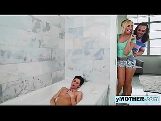 Sexy Mother And Daughter In Threesomeig-1080-1