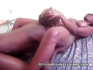 Sakira loves to eat out Chloes tasty African pussyoom-3