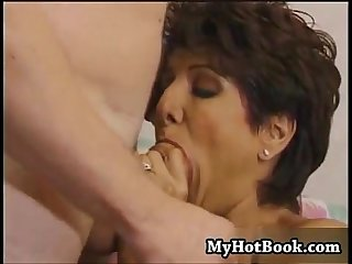 A oconnor is a mature milf with short brunette