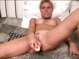 Amateur Short Hair Milf Masturbation