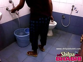 Indian housewife shilpa bhabhi hot shower shilpabhabhi com