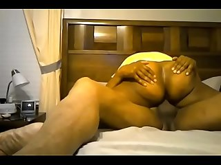 Deep fucking and creampie for this mature ebony