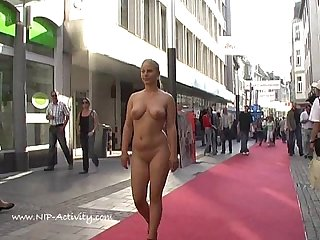 Hot public nudity with crazy blonde
