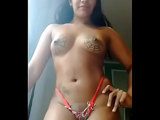 desi girl get naked to show her assent in the internet