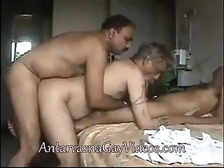 Indiangaypornvideos com brings indian gay family group sex