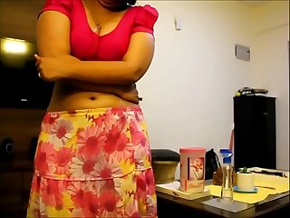 Indian bhabhi giving handjob vert more hot video at https colon sol sol goo period gl sol skdvbp