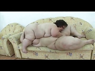 Lesbians 69 Midget and BBW Great Love