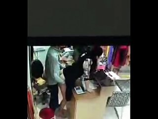 Desi salesgirl fucked at shop cctv footage
