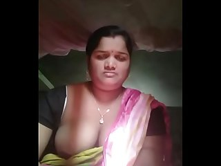 Sexy odia Bhabi showing her boob and pussy desivdo com the best free Indian porn site