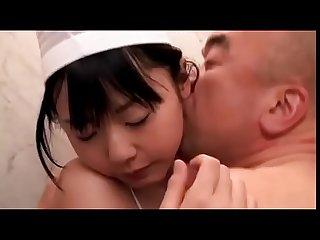 Chica adolescente japonesa obtiene el orgasmo en la tienda de internet completo shortina com uwe8k
