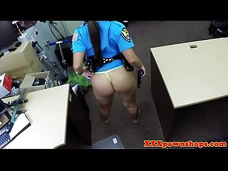 Pawnshop police amateur sucking cock for deal