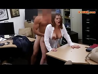 Business lady pawns her pussy and banged
