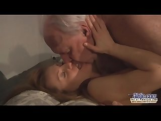 Old ugly landlord fucks tenant s wife with his very thick cock and makes her cum