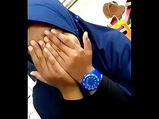 jilbab smu toket gede keenakan tüm odalarında balkon dahası