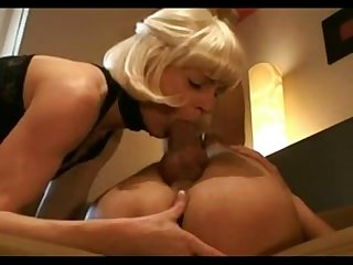 An amazing sexy milf from milfaholico com