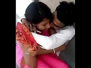 Indian boyfriend and girlfriend try to sex