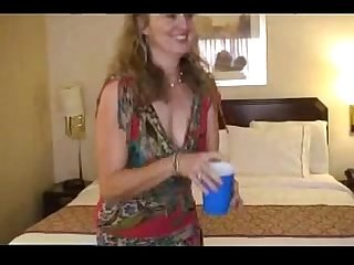 Mature Hot Babe ass Fuck Black Guy in Hotel