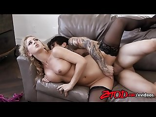 milf-cherie-deville-gets-fucked-hard-by-small-hands-720p-tube-xvideos