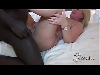 German Houswive BLACKED an Facial