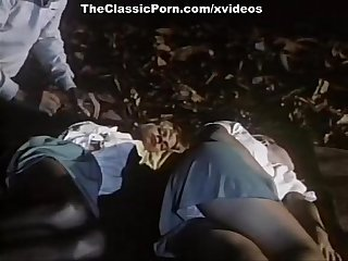 Ginger Lynn Allen, Lois Ayres, Bunny Bleu in vintage xxx movie