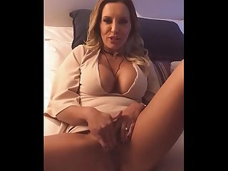 clean dirty girl & vacation masturbation
