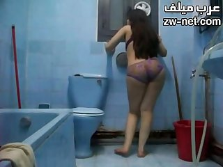 Egyptian bitch naked in the bathroom zw-net.com